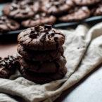Innen weich, außen knusprig: super einfache Schoko-Cookies